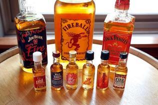 8-1jmDo0.Em.138-Franklin-Liquors