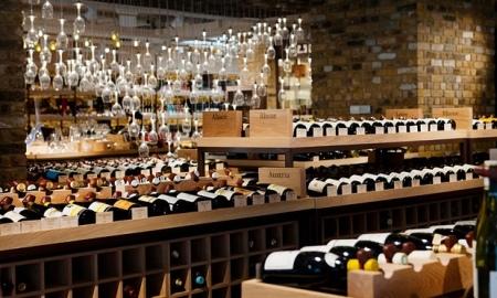 1-Wine Shop-Franklin_Liquors