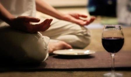 yoga-wine-food1