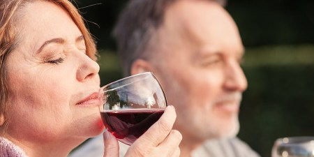 6-alzheimers-smell-inside-franklin-liquors